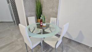 שולחן זכוכית מעוגל – דגם GLASO
