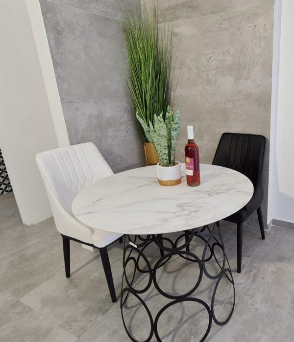שולחן פינת אוכל מעוגל גרניט פורצלן